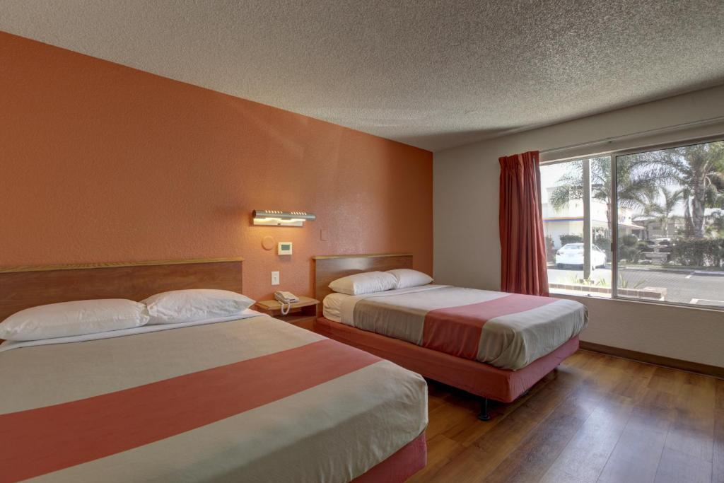 Jacuzzi Hotel Rooms In Orange County Ca