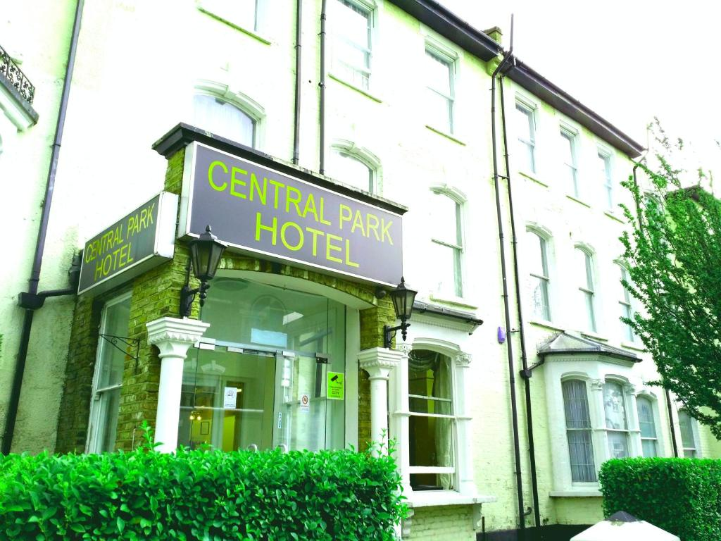 Central Park Hotel Wilberforce Road