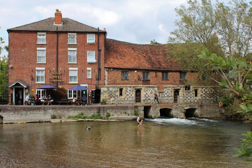Hotels In Salisbury Town Centre