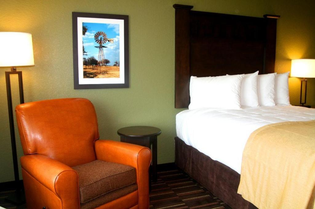 Hotel Rooms In Beeville Tx
