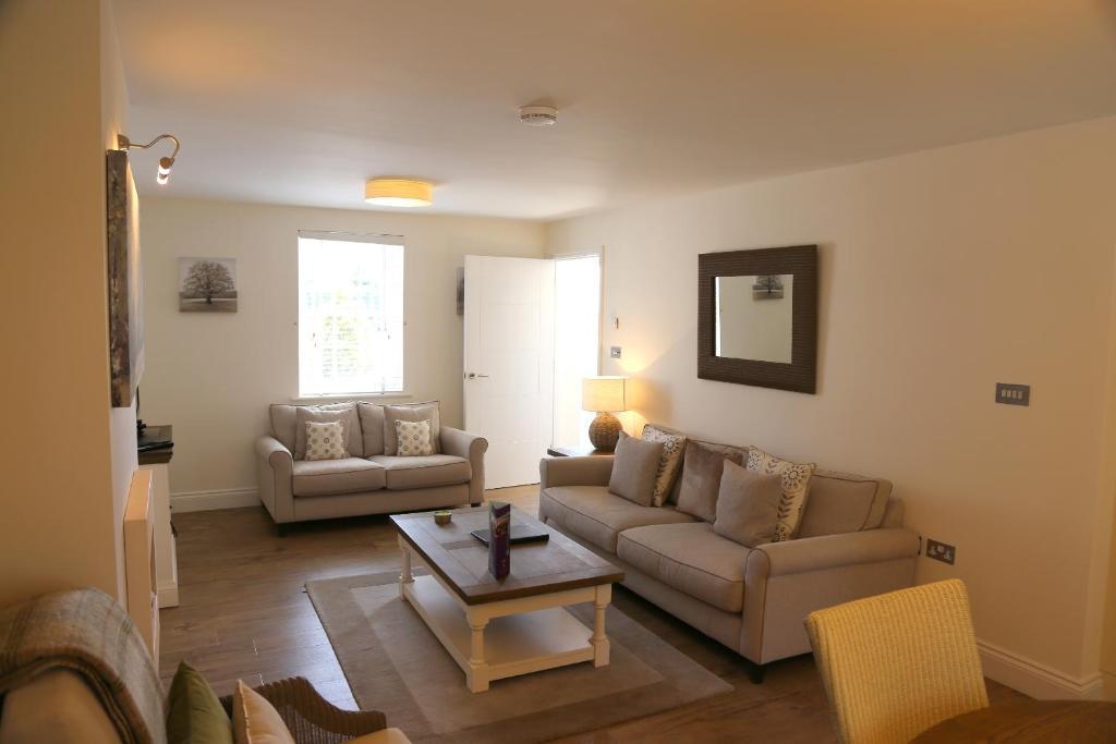 hotel la place r servation gratuite sur viamichelin. Black Bedroom Furniture Sets. Home Design Ideas