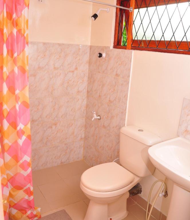 Mt Lavinia Apartment 38 Apartment Mount Lavinia - Normal-bathroom-designs