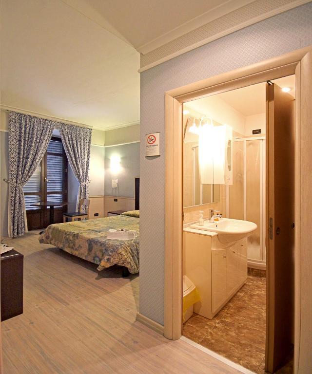 La casa di maurizio roma prenotazione on line for Piani di casa di 1250 piedi quadrati