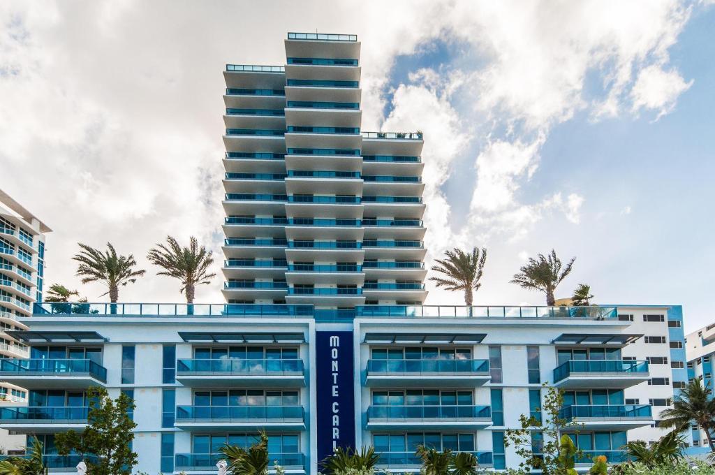 Modern Geometry At Monte Carlo Miami Beach Apartments Miami Beach