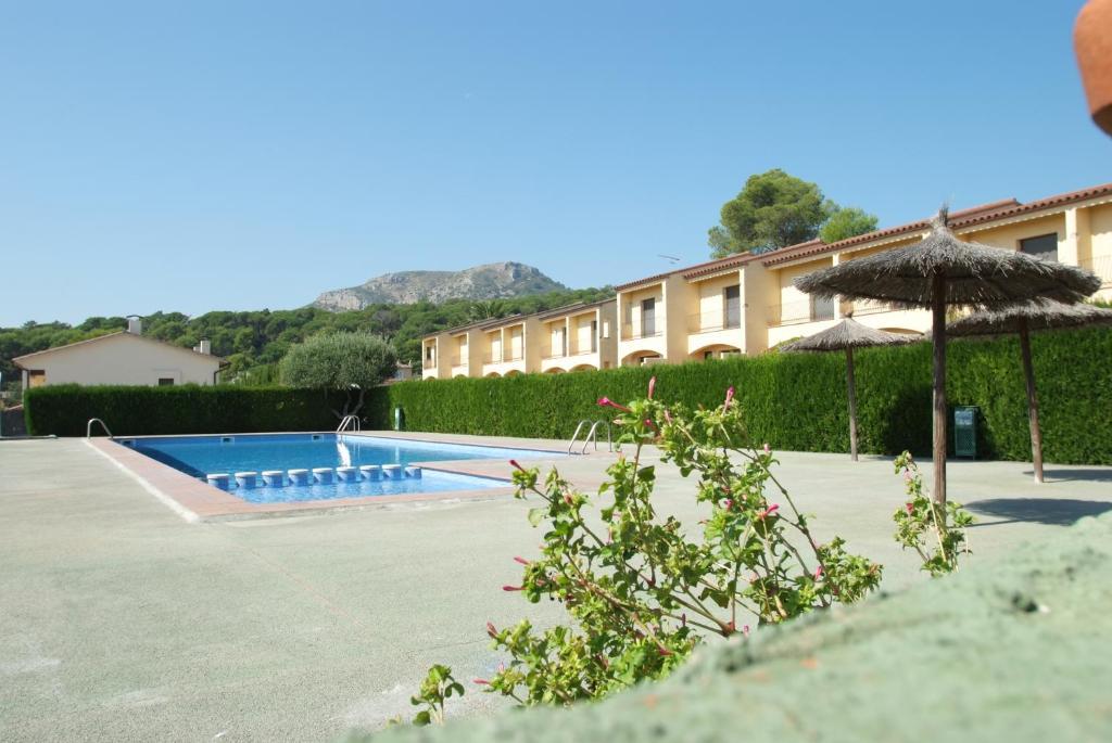 Villas Solric Torroella De Montgr Book Your Hotel