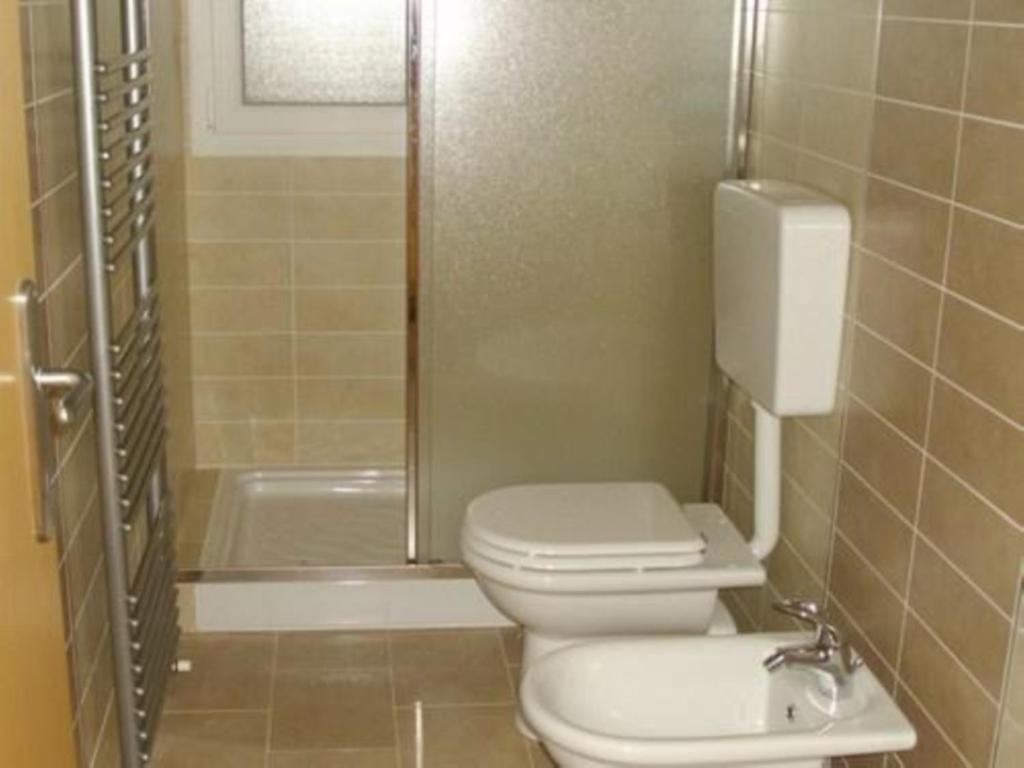 Bagni Piccoli Moderni Con Doccia : Bagni piccoli con doccia in muratura