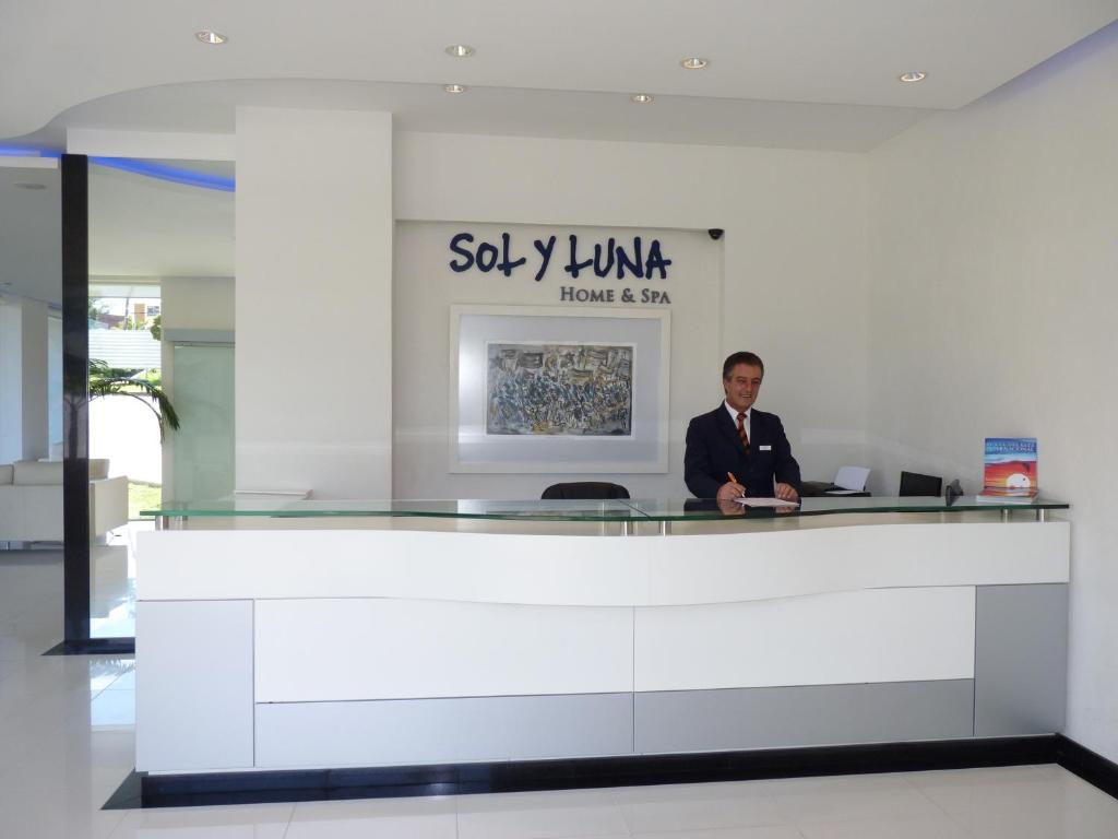 Sol Y Luna Home Spa Apartamentos Punta Del Este # Muebles Cofre Spa