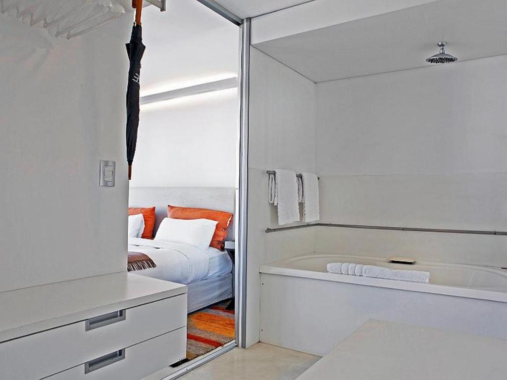 Design ce hotel de dise o buenos aires viamichelin for Ce design buenos aires