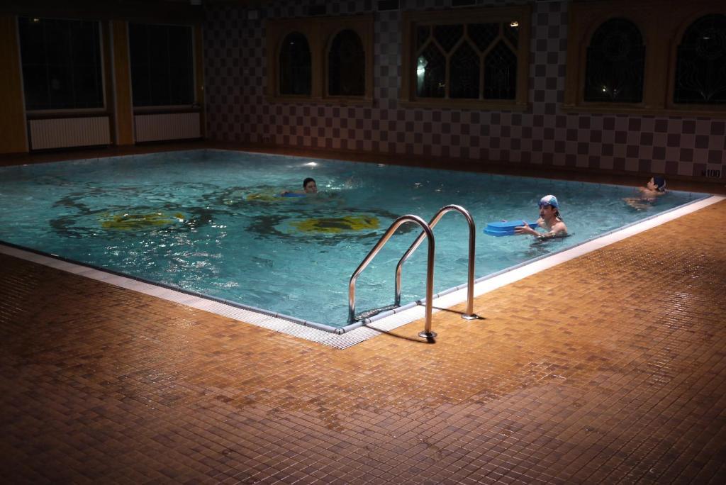 Grand hotel biancaneve folgaria prenotazione on line - Hotel folgaria con piscina ...