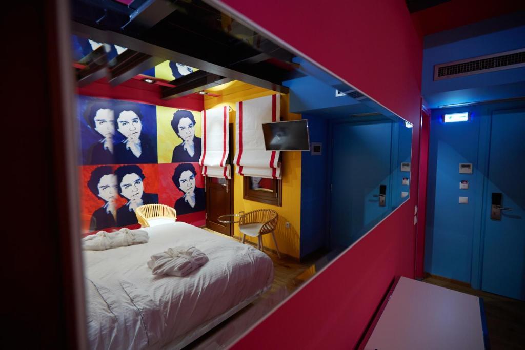 Veritas boutique art hotel v roia viamichelin for Art design boutique hotel imperialart