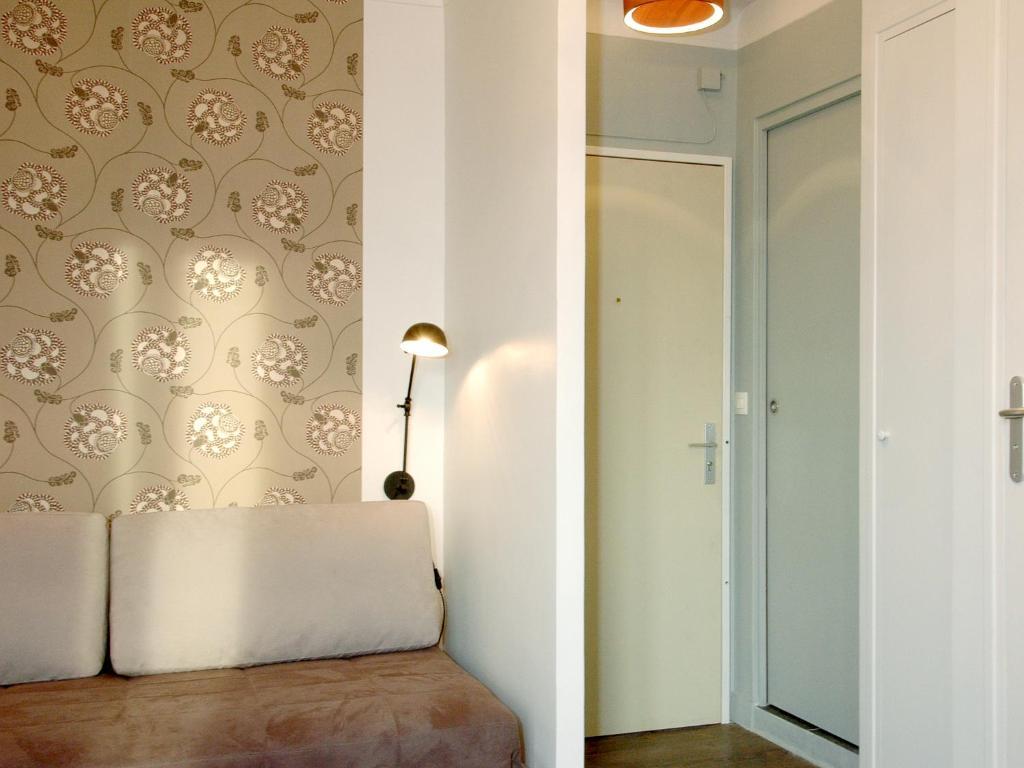 appart 39 tourisme 2 paris porte de versailles r servation gratuite sur viamichelin. Black Bedroom Furniture Sets. Home Design Ideas