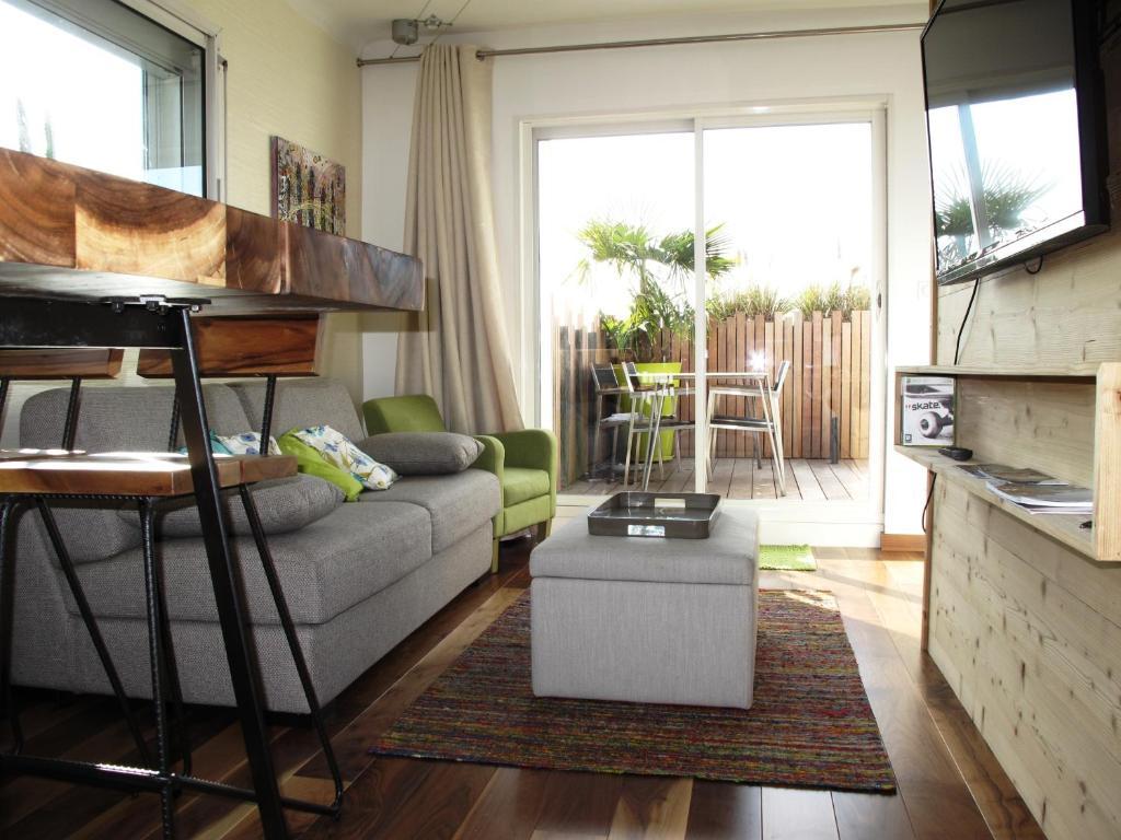 les bulles lofts lakes g te annecy en haute savoie 74. Black Bedroom Furniture Sets. Home Design Ideas