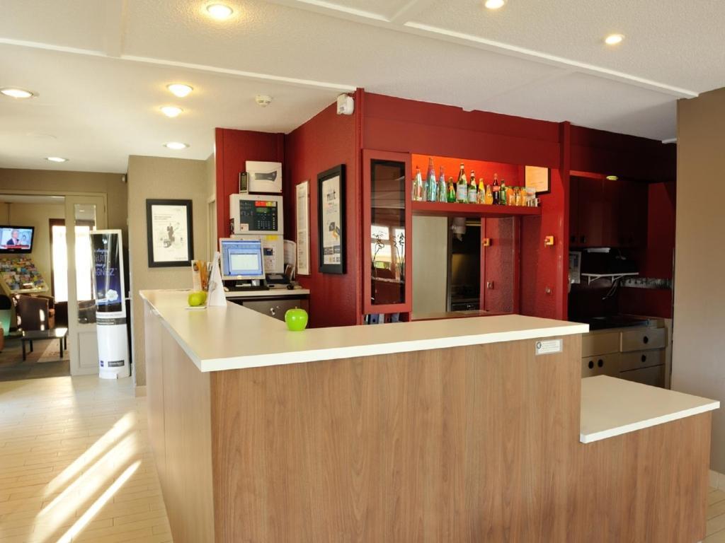 campanile la rochelle nord puilboreau chagnolet r servation gratuite sur viamichelin. Black Bedroom Furniture Sets. Home Design Ideas