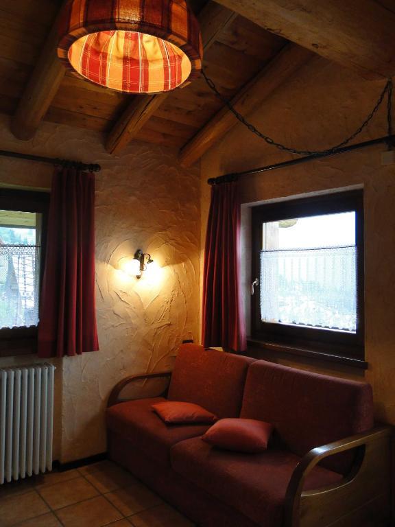 Residence Trompe L Oeil Appart Hotels Antagnod