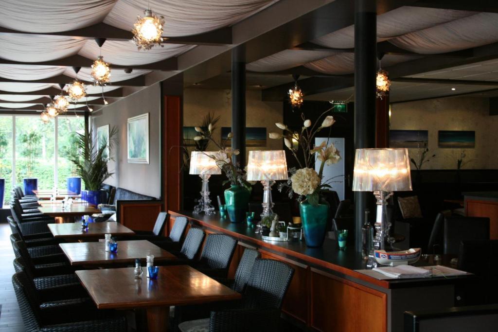 Restaurant A V Ef Bf Bdro Beach
