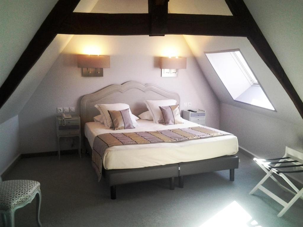 Hotel Restaurant Le Lion D Or Bayeux
