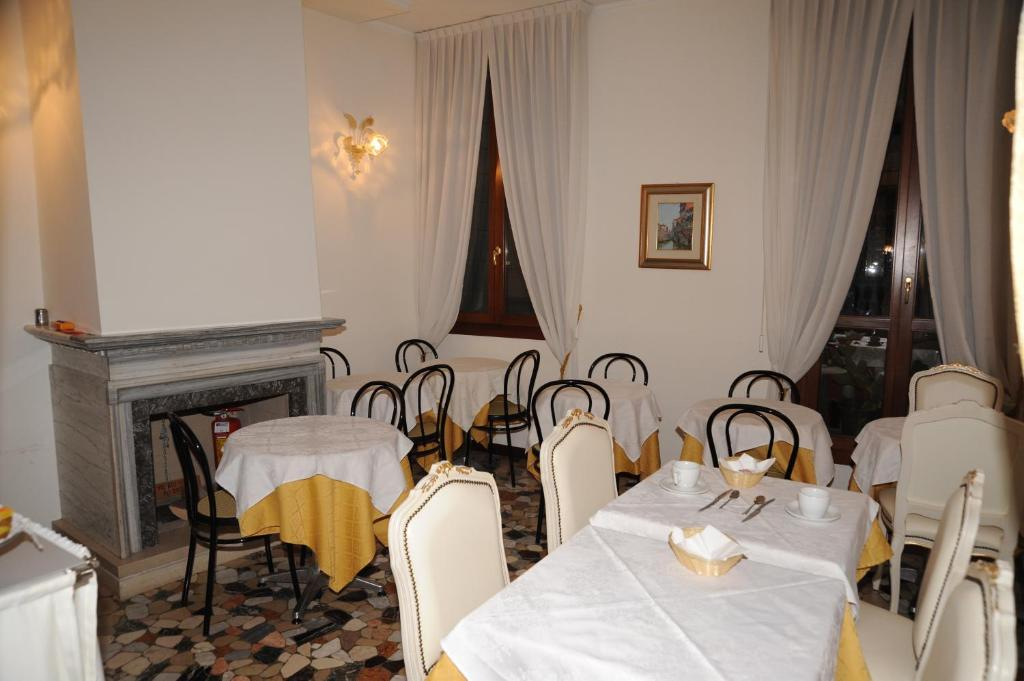 Alloggi Santa Sofia Bed Breakfast Venice