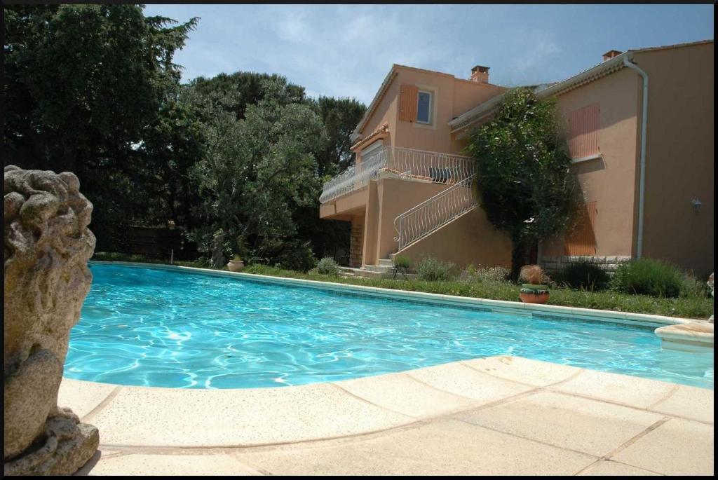 Chambres Du0027hôtes La Vigne Et Lu0027Olivier Bu0026B, Chambres Du0027hôtes Villeneuve Lès  Avignon Grandes Images
