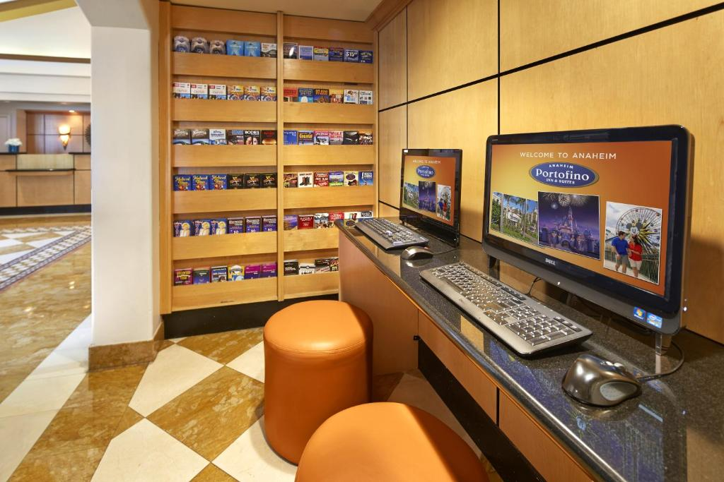 portofino inn and suites anaheim hotel anaheim book. Black Bedroom Furniture Sets. Home Design Ideas
