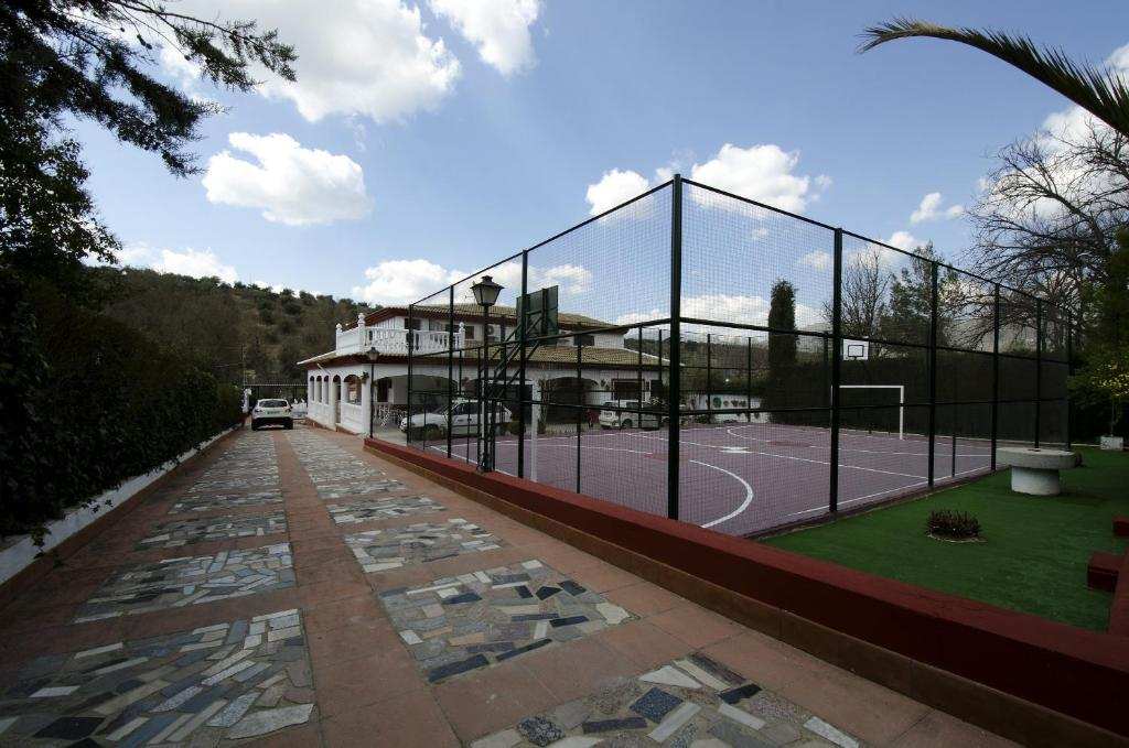 Villa frasquita r servation gratuite sur viamichelin for Hotel rio piscina priego de cordoba