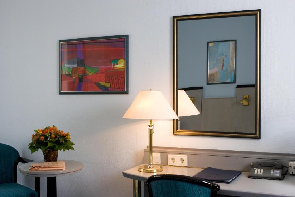 hotel alt tempelhof berlin informationen und buchungen online viamichelin. Black Bedroom Furniture Sets. Home Design Ideas