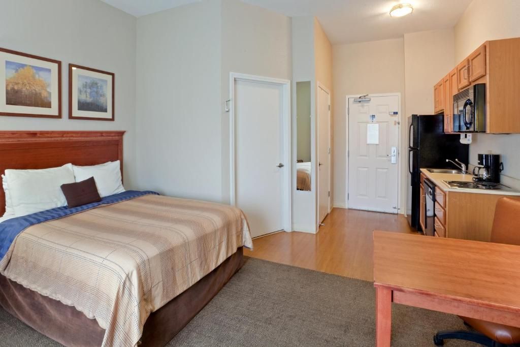 Candlewood Suites Medford Medford Book Your Hotel With