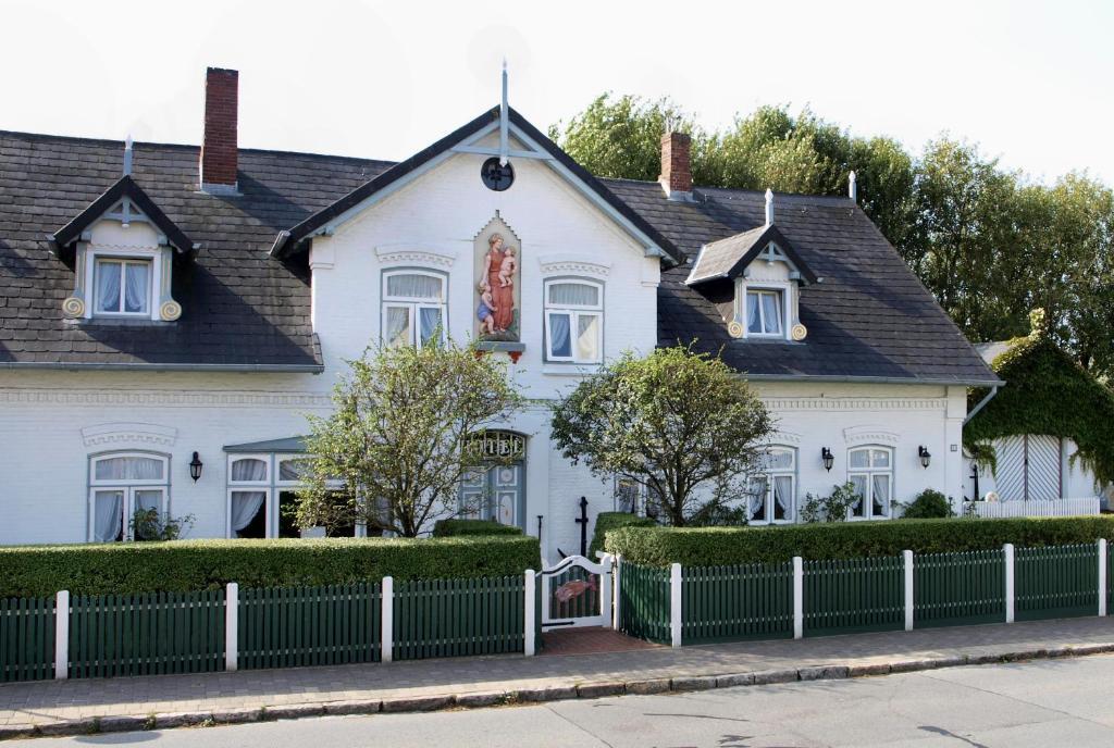Hotels In Wenningstedt Deutschland