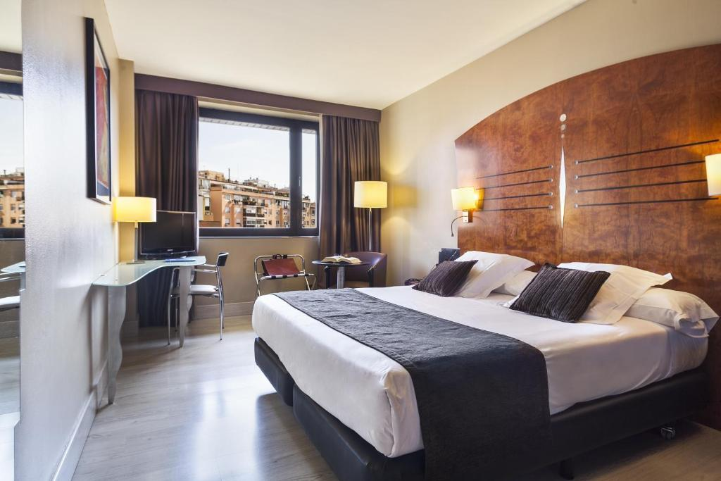 Booking Air Rooms Barcelona
