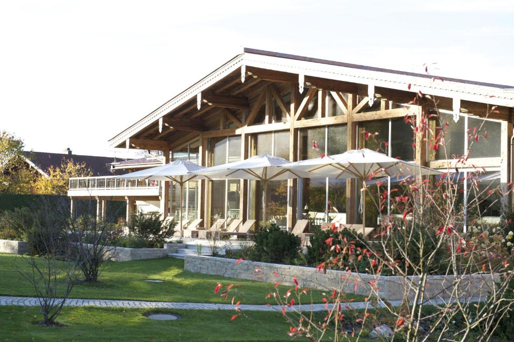 Golf Resort Hotel Achental Grassau