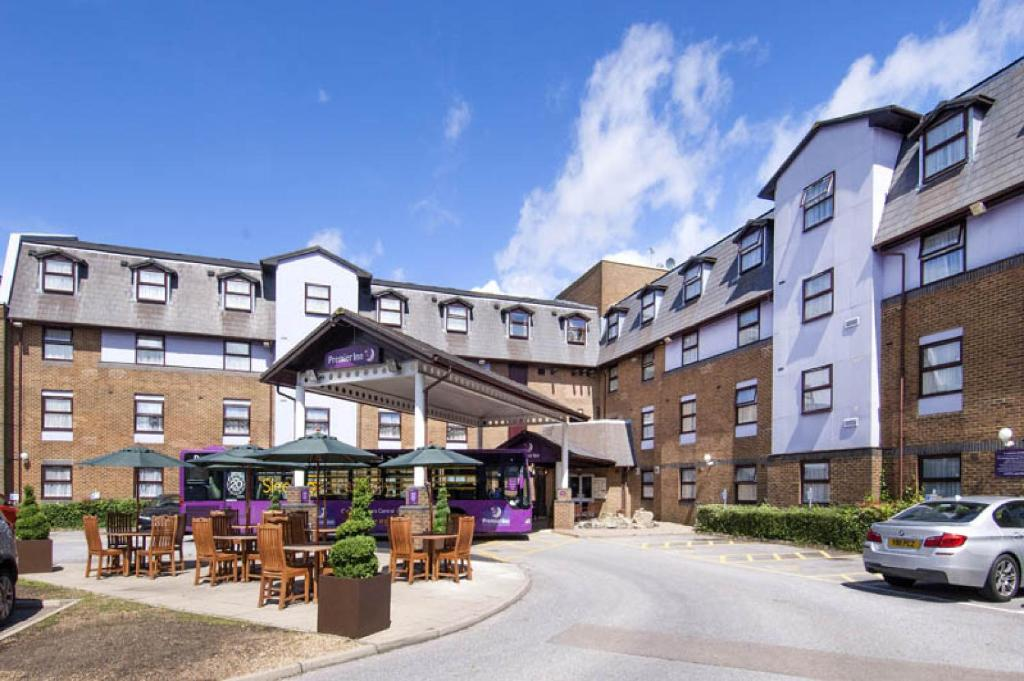 Gatwick Hotels With Parking And Shuttle