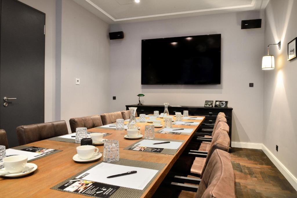 syte mannheim reserva tu hotel con viamichelin. Black Bedroom Furniture Sets. Home Design Ideas