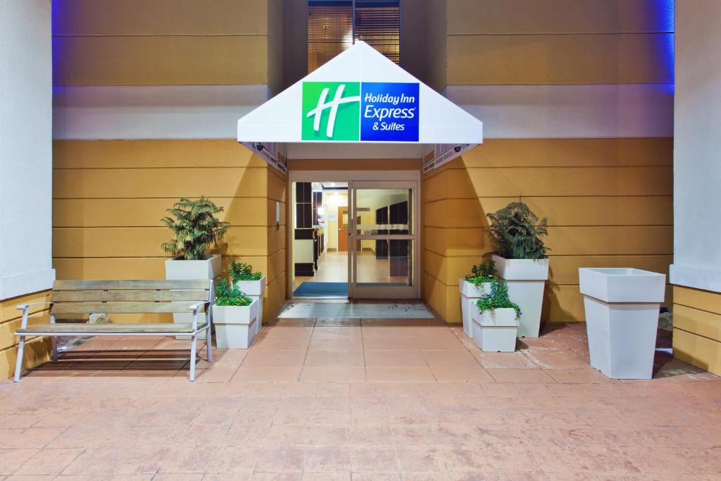 Holiday Inn Express North Myrtle Beach