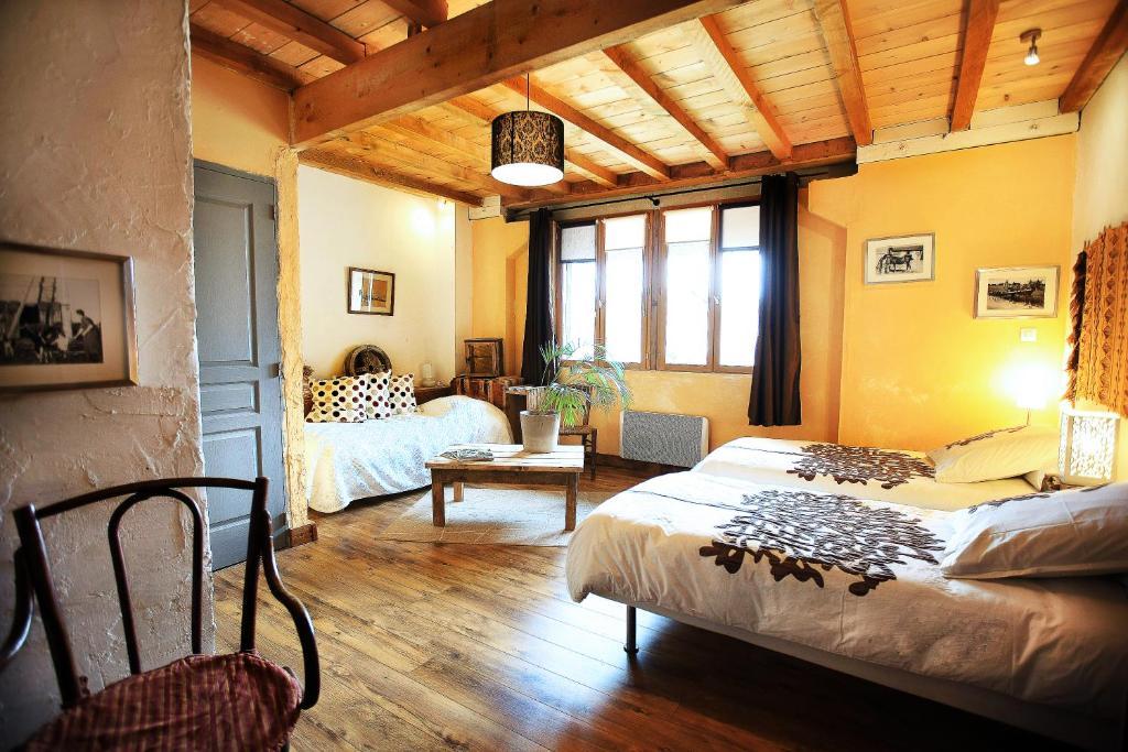 Chambre d\'hôtes La Ferme Modèle, Chambre d\'hôtes Châtillon ...
