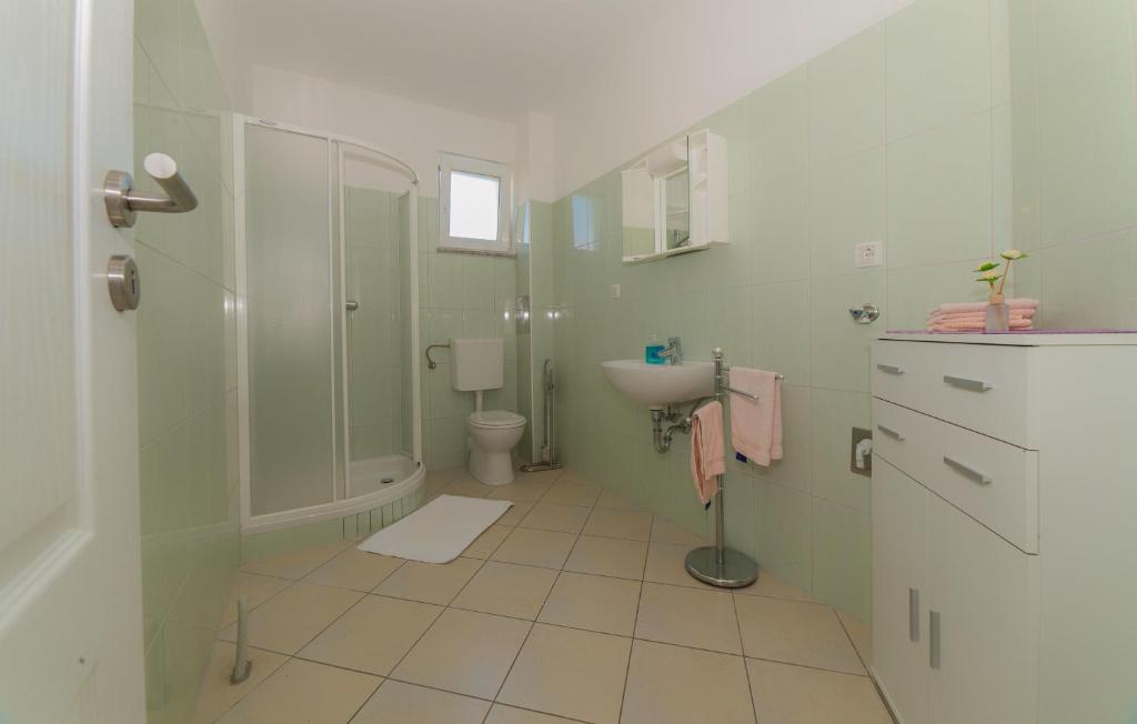 Apartments Joso avecpiscine - Appartements à Pakoštane ...