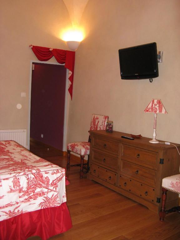 l 39 echo et l 39 abbaye r servation gratuite sur viamichelin. Black Bedroom Furniture Sets. Home Design Ideas