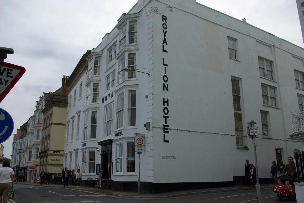 The Royal Lion Hotel Tenby