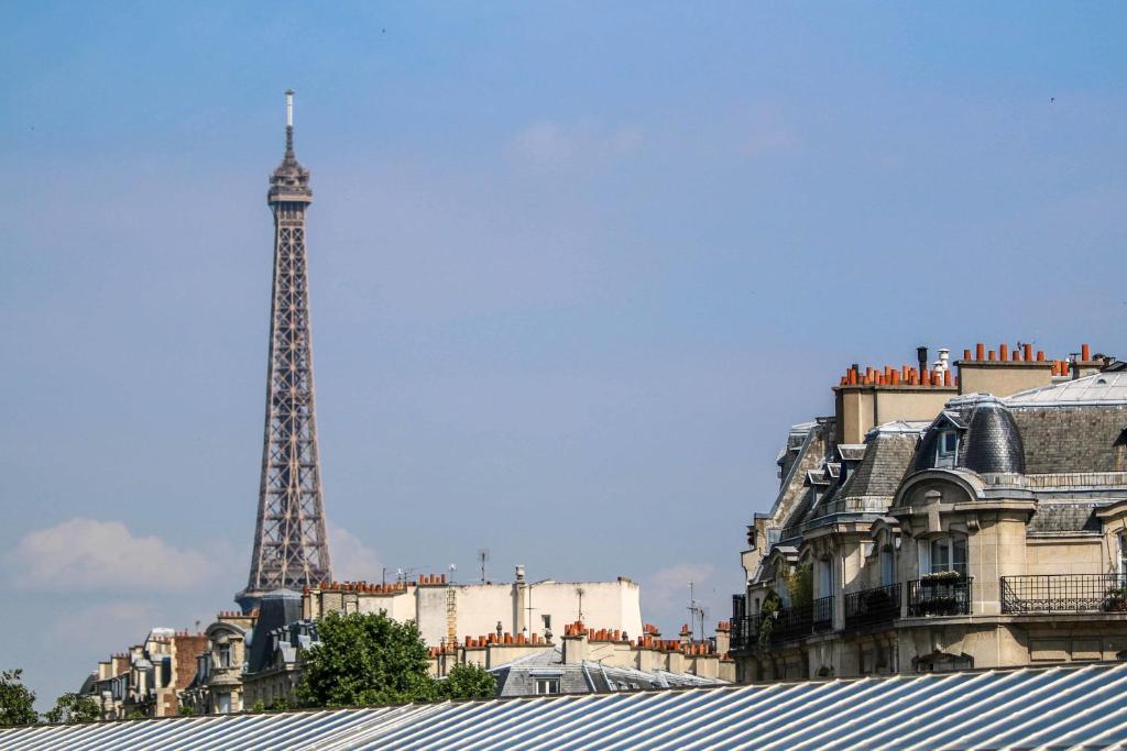 Hotel Vic Eiffel Paris