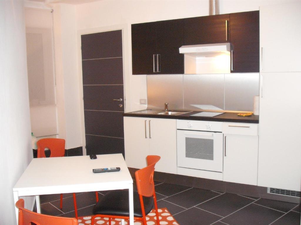 Complesso residenziale augustus ancona reserva tu hotel - Ancona cocinas ...