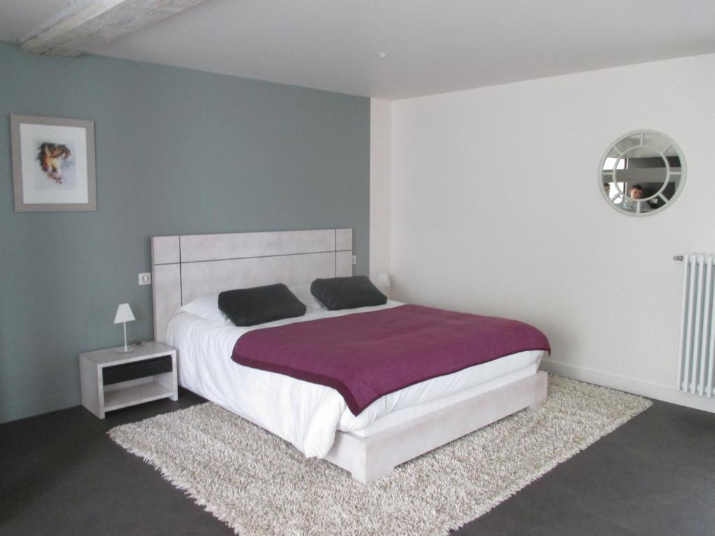 h tel le saint martin sabl sur sarthe prenotazione on line viamichelin. Black Bedroom Furniture Sets. Home Design Ideas