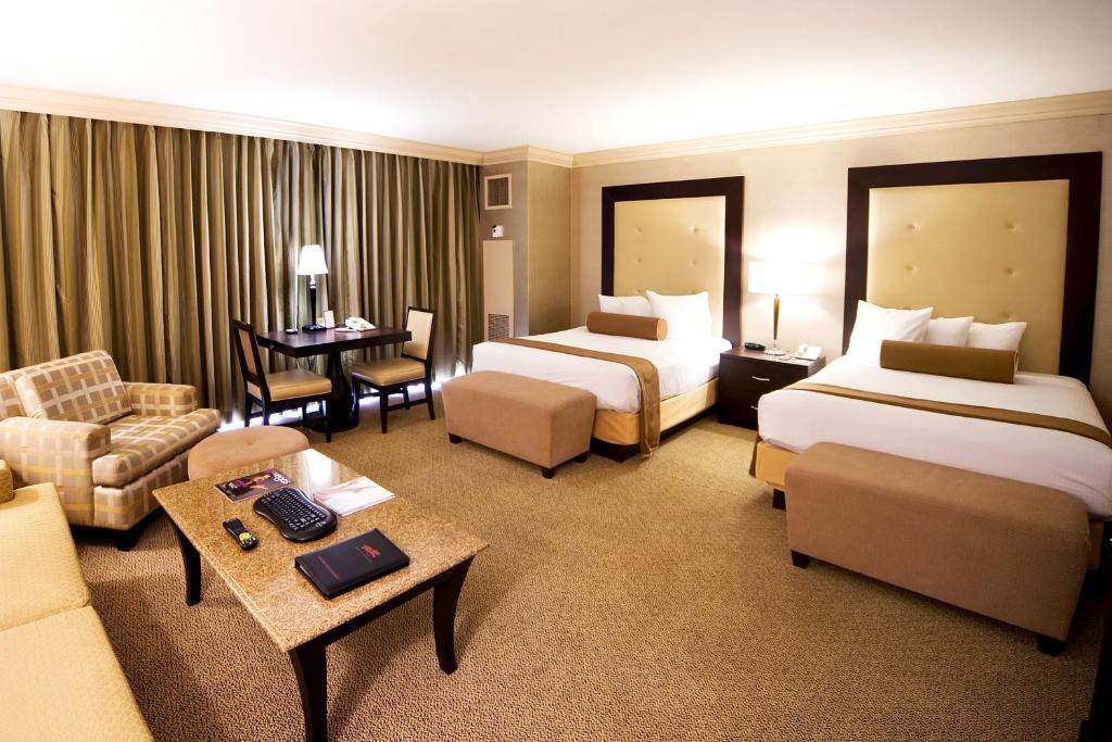 Rio Suite Hotel Casino In Las Vegas Nevada 51 Photos