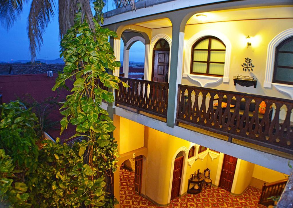 Hotel los balcones leon le n prenotazione on line for Piani di casa di 10000 piedi quadrati
