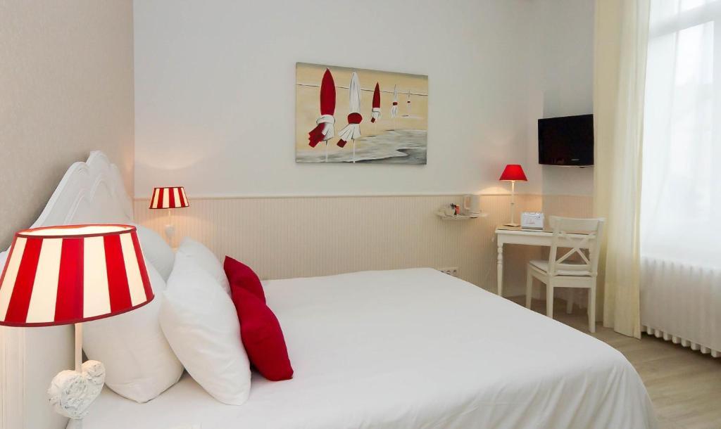 Qualys hotel saumur le londres saumur viamichelin for Hotels saumur