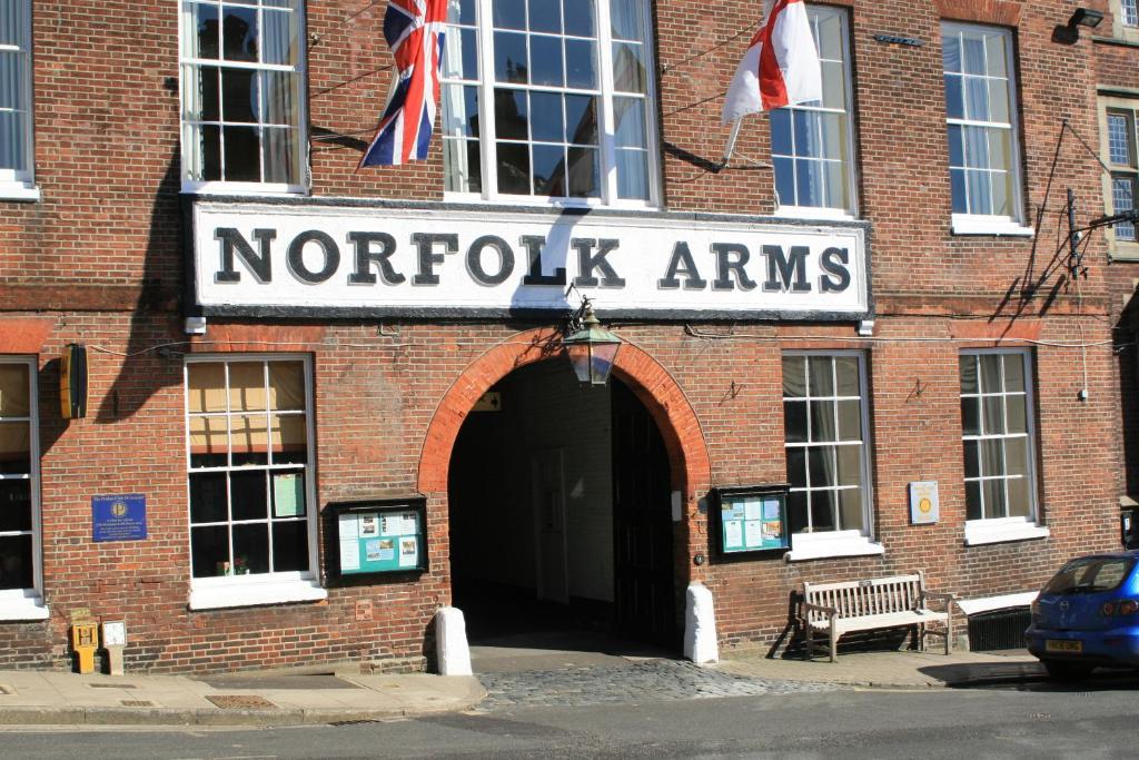 Norfolk Arms Hotel Arundel Parking