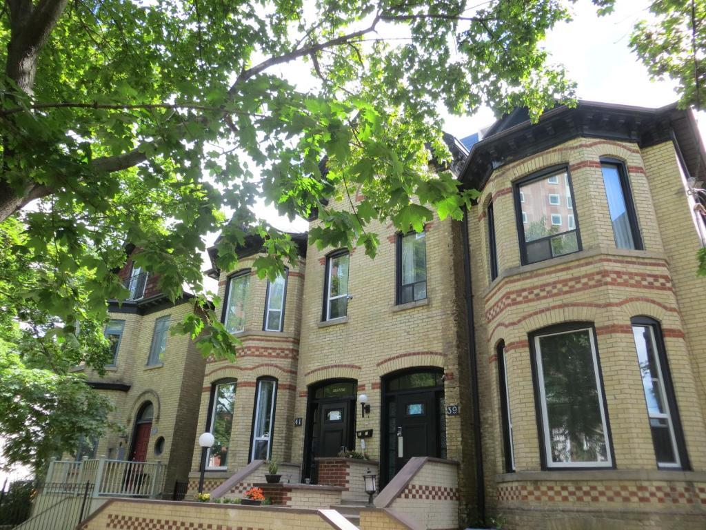 Keppner Guesthouse 41 Huntley Street Toronto