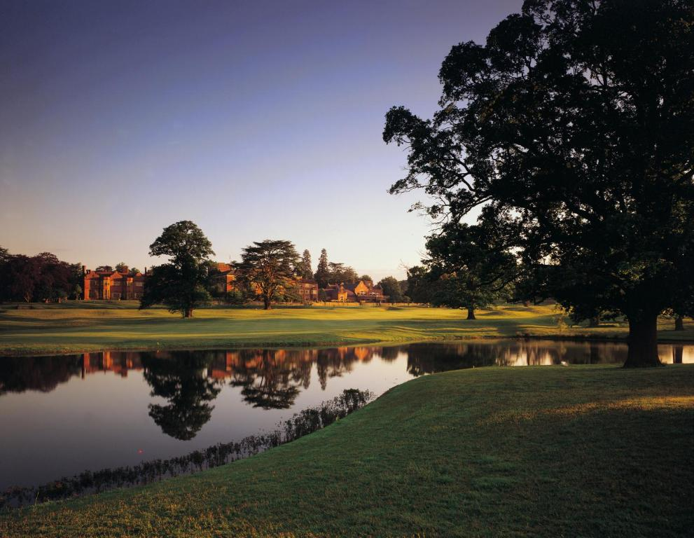 Hanbury Manor Marriott Hotel And Country Club Ware Sg Sd