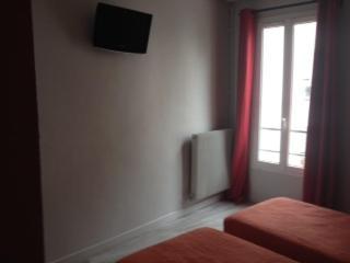 Hotel Merryl Paris Booking