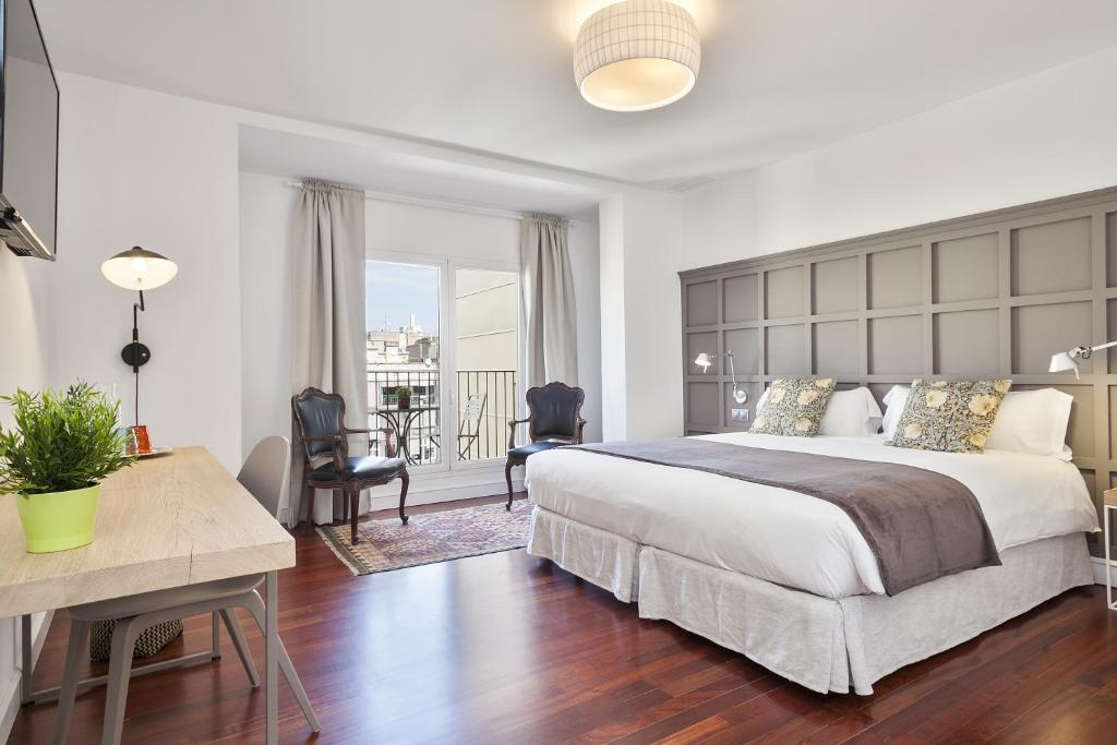 Milton Maison Gran Via Chambres D Hotes Barcelone
