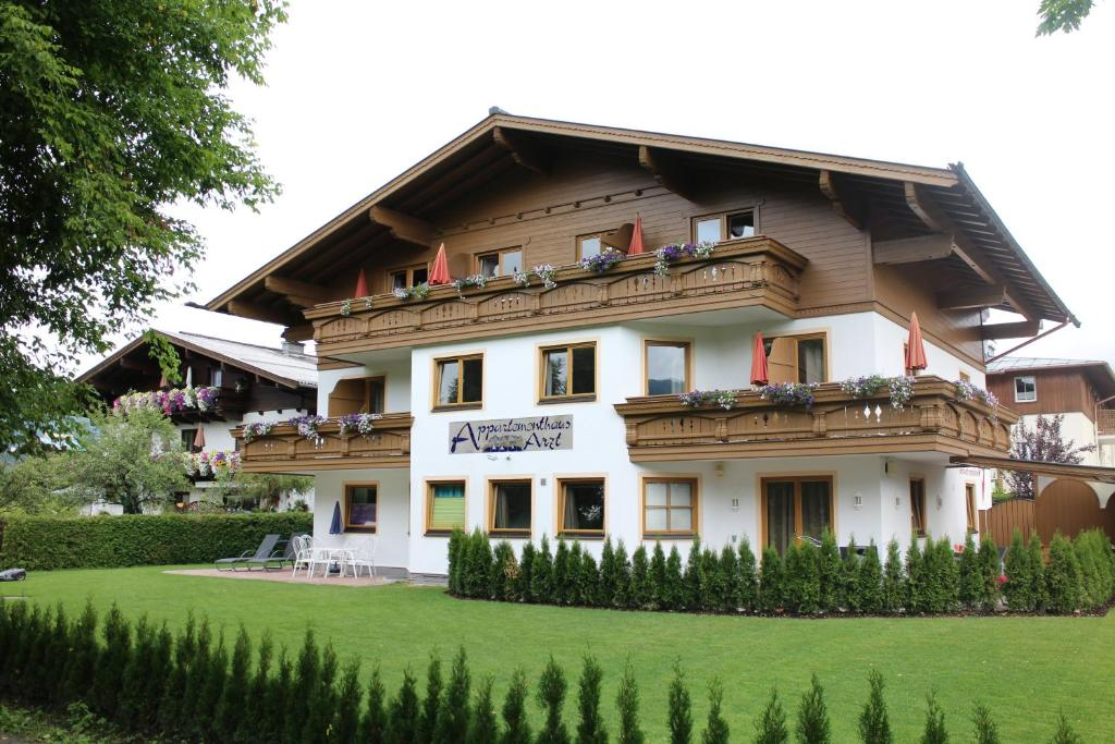 Living Hotel Max  Zell Am See