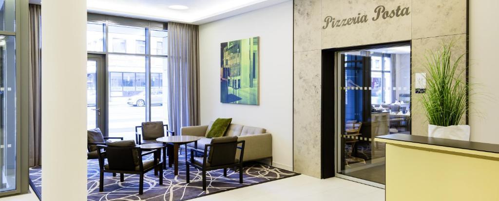 novotel nuernberg centre ville n rnberg reserva tu hotel con viamichelin. Black Bedroom Furniture Sets. Home Design Ideas