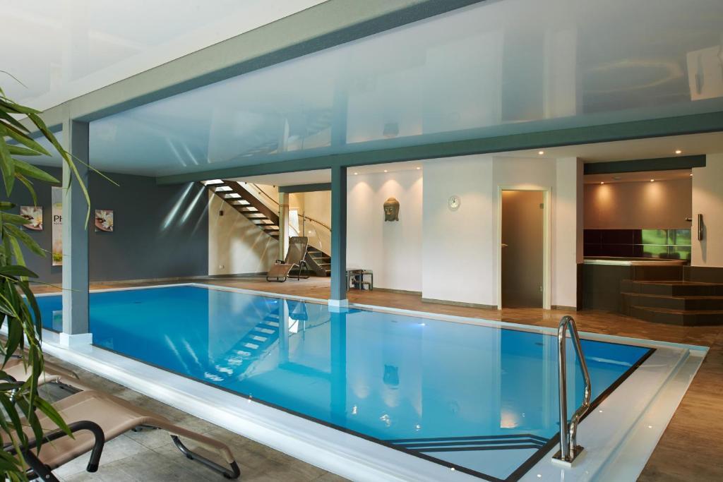 Hotel spa et restaurant au chasseur r servation gratuite for Restaurant la piscine sarrebourg
